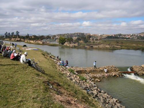 川の洗濯場